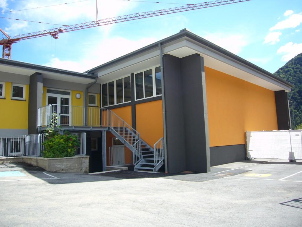 Sistemazione e parziale ampliamento di scuola media Bezzecca